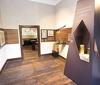 Besucherinnen des Museums im Kloster in Bersenbrück können mit drei virtuellen Museumsgefährten Geschichte erkunden.