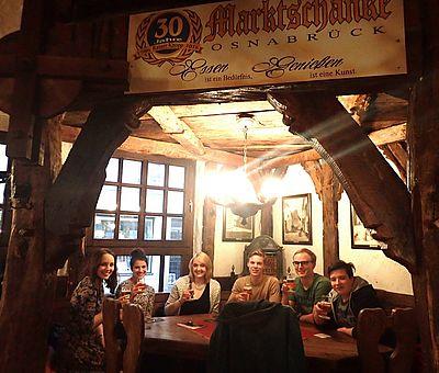 Prost! Zum Wohl! Auf uns! - Kneipentour in der Osnabrücker Altstadt