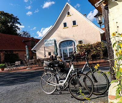 Elisabeths Hofcafé in Dissen ist das ideale Ausflugsziel für Radfahrer und alle, die leckere Hausmannskost zu schätzen wissen.