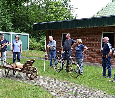 Noch auf der Suche nach einer Idee für die nächste Vereinsfeier? Der Schledehauser Zehnkampf im Osnabrücker Land ist für Gruppen ab 8 Personen buchbar.
