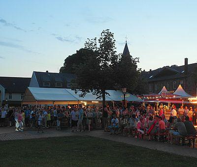 Der traditionelle Hagener Kirschfest steht besonders im Zeichen der Kirsche.
