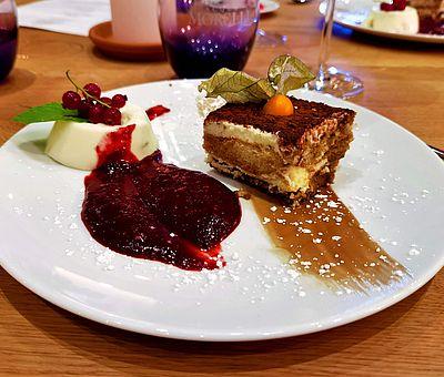 Nachspeise im Restaurant 'Die Mühle' am Glockensee in Bad Laer