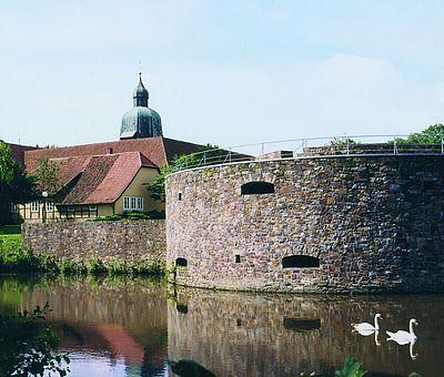 Die markante Nord-Ost-Bastion von Schloss Fürstenau steht für Feierlichkeiten aller Art zur Verfügung.