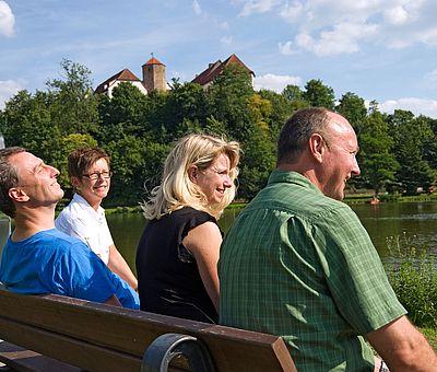 Das Schloss Iburg - Schauplatz der Landesgartenschau 2018 - ist eine grandiose Kulisse für Wanderungen im Teutoburger Wald. Der Ahornweg gehört zu den schönsten Wanderwegen in Deutschland.