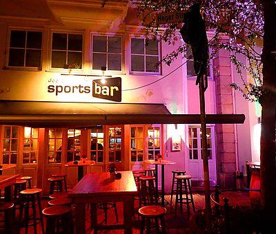 Die Joe Enochs Sportsbar im Heger-Tor-Viertel der Osnabrücker Altstadt eignet sich perfekt für eine Kneipentour durch die Stadt.