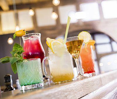 Kneipp hätte seine Freude gehabt an diesen bunten und gesunden Cocktails im Ausflugslokal Pfeffer & Minze in Bad Iburg.