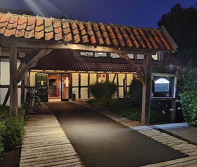 Aussenansicht neues Restaurant am Glockensee in Bad Laer