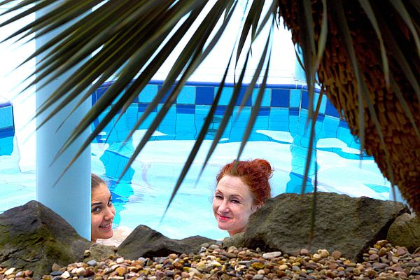 Genießen Sie Ihren Aufenthalt unter Palmen im Freizeitland Hasbergen.