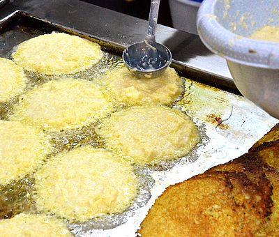 Regionale Küche im Osnabrücker Land: Jeden Donnerstag von Oktober bis Ostern wird beim Landhotel Bergwirt Pöhler in Bad Essen das Pickert essen zelebriert.
