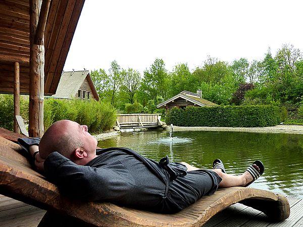 Im Alfen Saunaland können Sie die Seele baumeln lassen. Genießen Sie die pure Entspannung am Alfsee in Rieste.